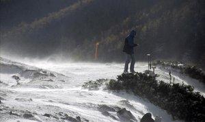 Alerta per fort vent a partir de dilluns a Catalunya