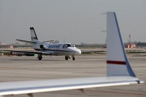 Misteriós doble homicidi a l'avioneta: sense cossos ni arma, però amb aterratge forçós