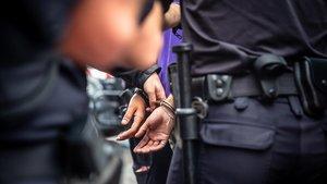 Arresto policial en una imagen de archivo.