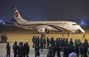 Un avión de la aerolínea Biman Bangladesh tras ser liberado de un intento de secuestro.