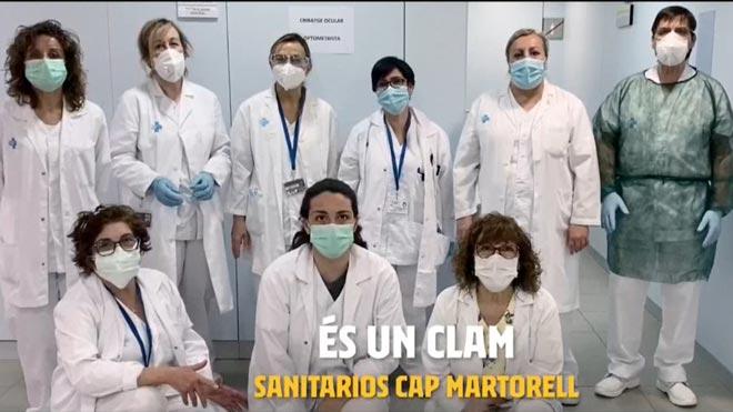El Barça difunde un vídeo de apoyo a los sanitarios con la letra del himno azulgrana.