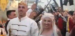 Una parella andalusa transforma el seu casament en un capítol de 'Joc de trons'
