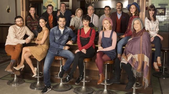 Los actores protagonistas de la telecomedia de Antena 3 'Buscando el norte'.