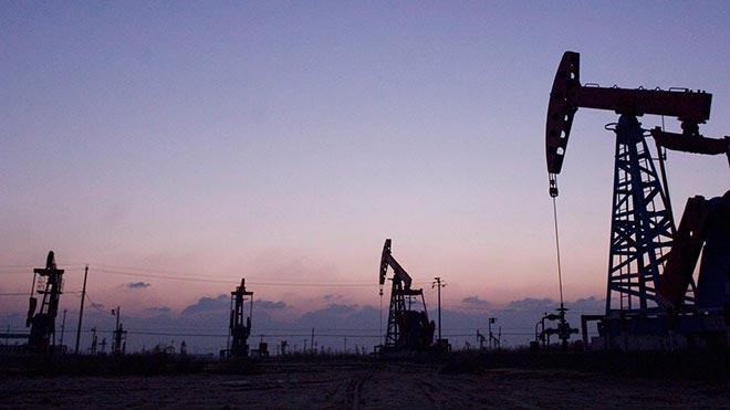 Donald Trump, anunció este lunes que su Gobierno almacenará petróleo hasta llenar las reservas del país añadiendo otros 75 millones de barriles aprovechando el bajo precio del crudo.