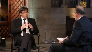 Carles Puigdemont, en la entrevista con Vicent Sanchis en TV-3.