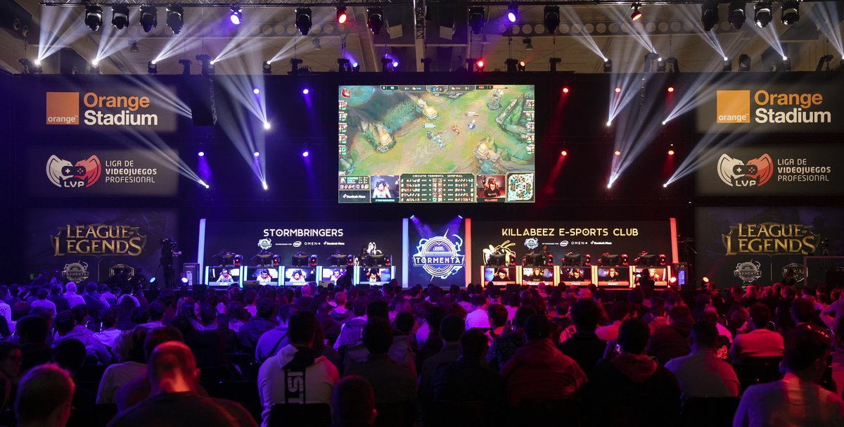 Competición de e-sports en la Barcelona Games World del 2018.