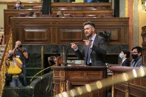El diputado por Jaén Felipe Sicilia, portavoz adjunto del Grupo Socialista, el pasado 1 de octubre de 2020 en el pleno del Congreso, durante el debate sobre la creación de la comisión de investigación del 'caso Kitchen'.