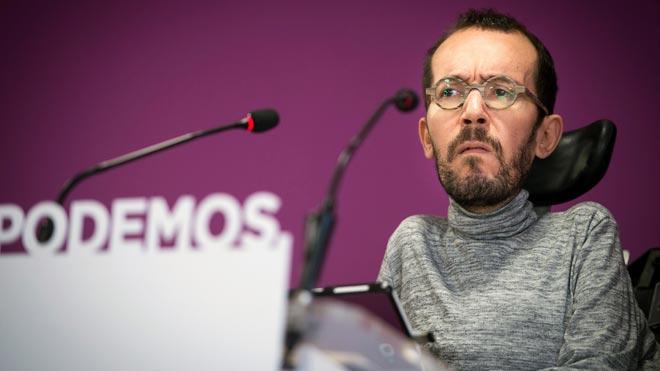 """Echenique insta Errejón a renunciar: """"Jo dimitiria, però d'alguna cosa ha de viure fins al maig"""""""