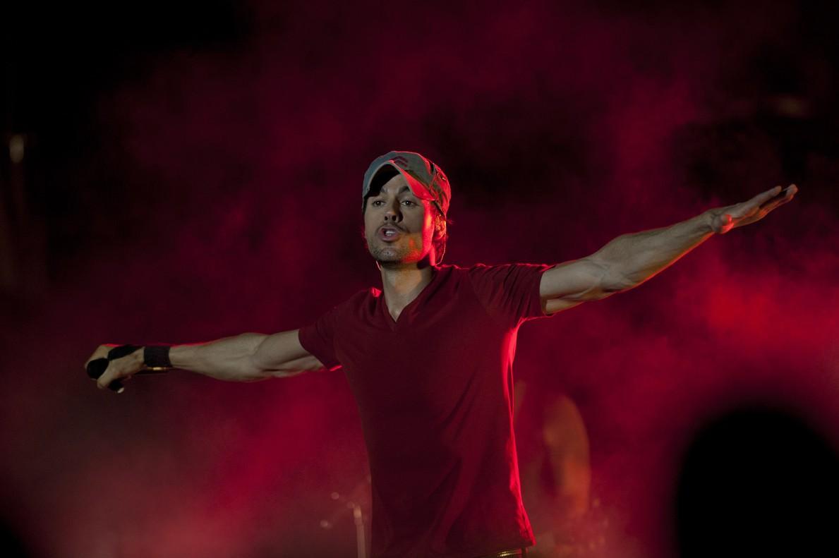Enrique Iglesias en un concierto