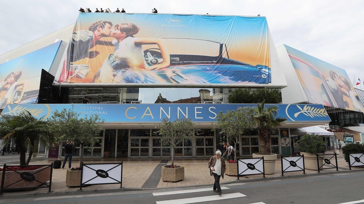 Fachada del Palais des Festivals con el póster de la 71ª edición del festival de Cannes