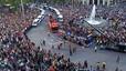 La caravana a su paso por Passeig de Gràcia y Gran Via.