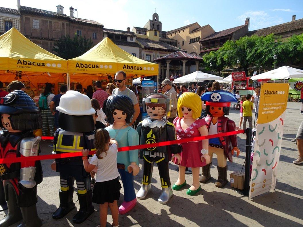 El Poble Espanyol celebra la gran festa anual de LEGO i Playmobil