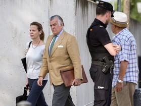 El extesorero del Partido Popular Luis Bárcenas a su llegada este a la sede de la Audiencia Nacional donde se celebra el juicio del caso Gürtel.