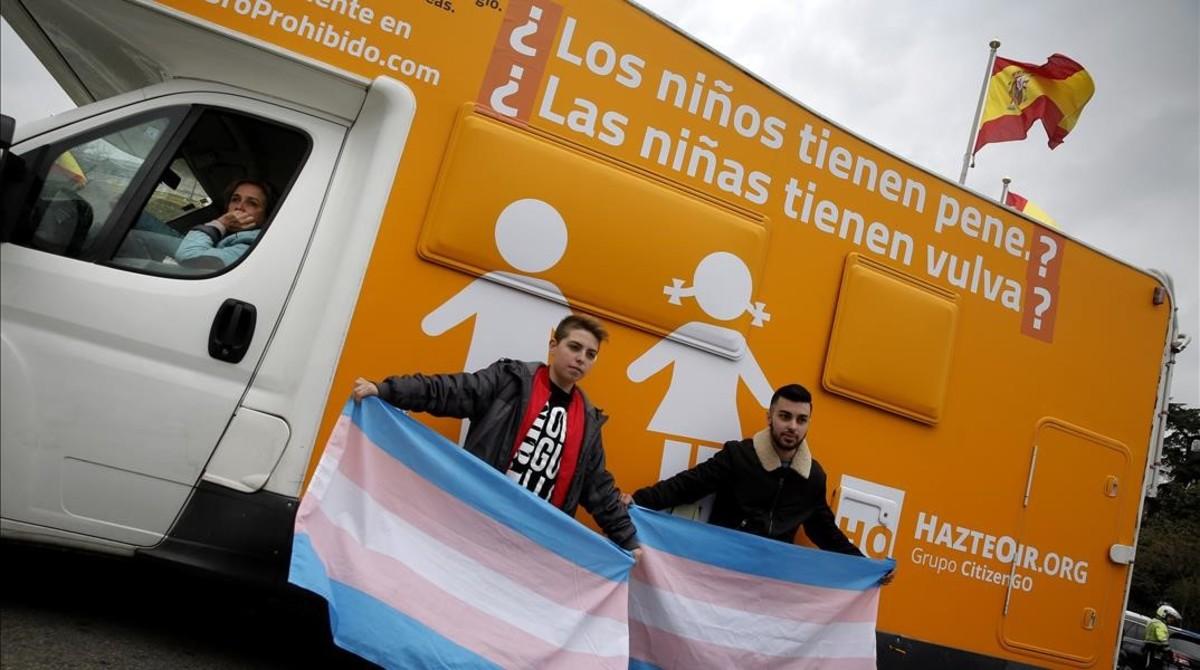 El segundo de los vehículos de Hazte Oír que circuló por Madrid, el pasado viernes 3 de marzo.