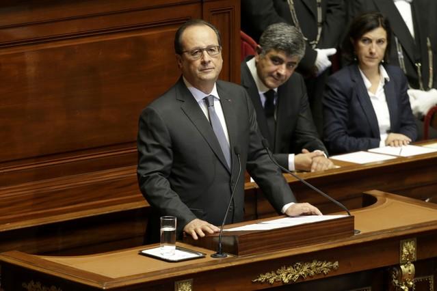 Hollande, en su discurso en Versalles, donde dijo que Francia está en guerra con el terrorismo.