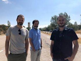 De izquierda a derecha: Jose Mari Goenaga, Jon Garaño y Aitor Arregi.
