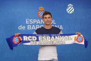 Iturraspe, con la bufanda del Espanyol, este lunes.