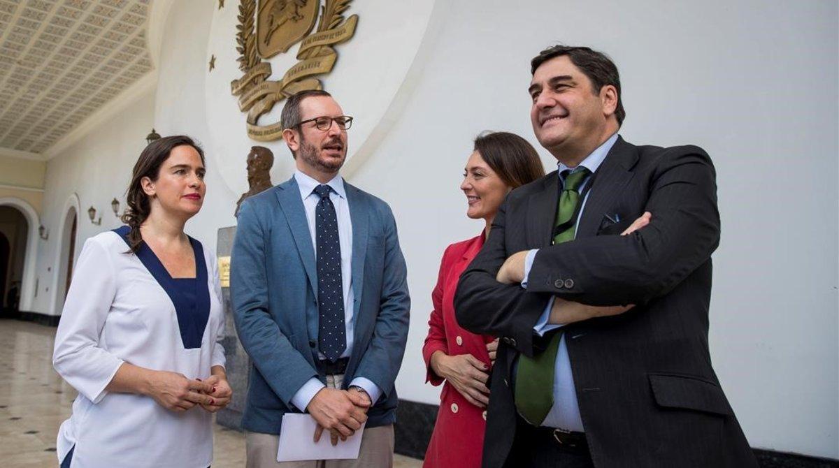 Derroche de ética: Chavistas insultaron a parlamentarios extranjeros por apoyar a Guaidó
