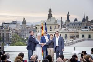Junqueras, Casals, Romeva, Forcadell i Mas, en la presentació de Junts pel Sí, el juliol del 2015.
