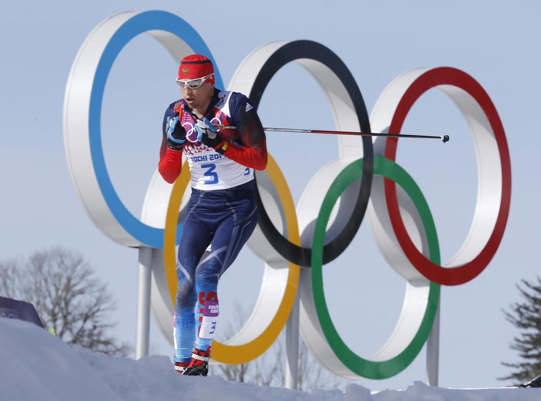 El esquiador ruso Alexander Legkov, en la foto durante los Juegos de Sochi, recupera el oro logrado hace cuatros en la prueba de los 50 kilómetros.