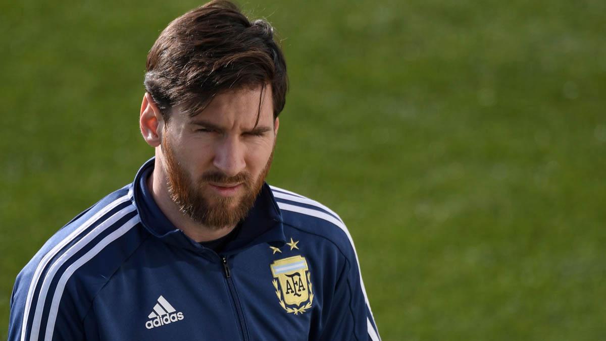Messi se une al entrenamiento de Argentina en la Ciudad Deportiva del Real Madrid.