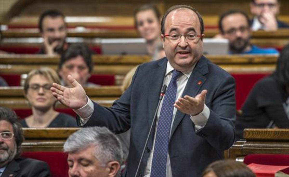 Miquel Iceta, durante una intervención en el Parlament.