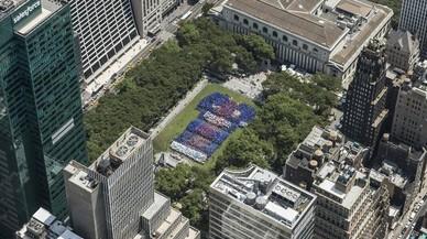 El Barça confecciona el mosaico más grande con su camiseta