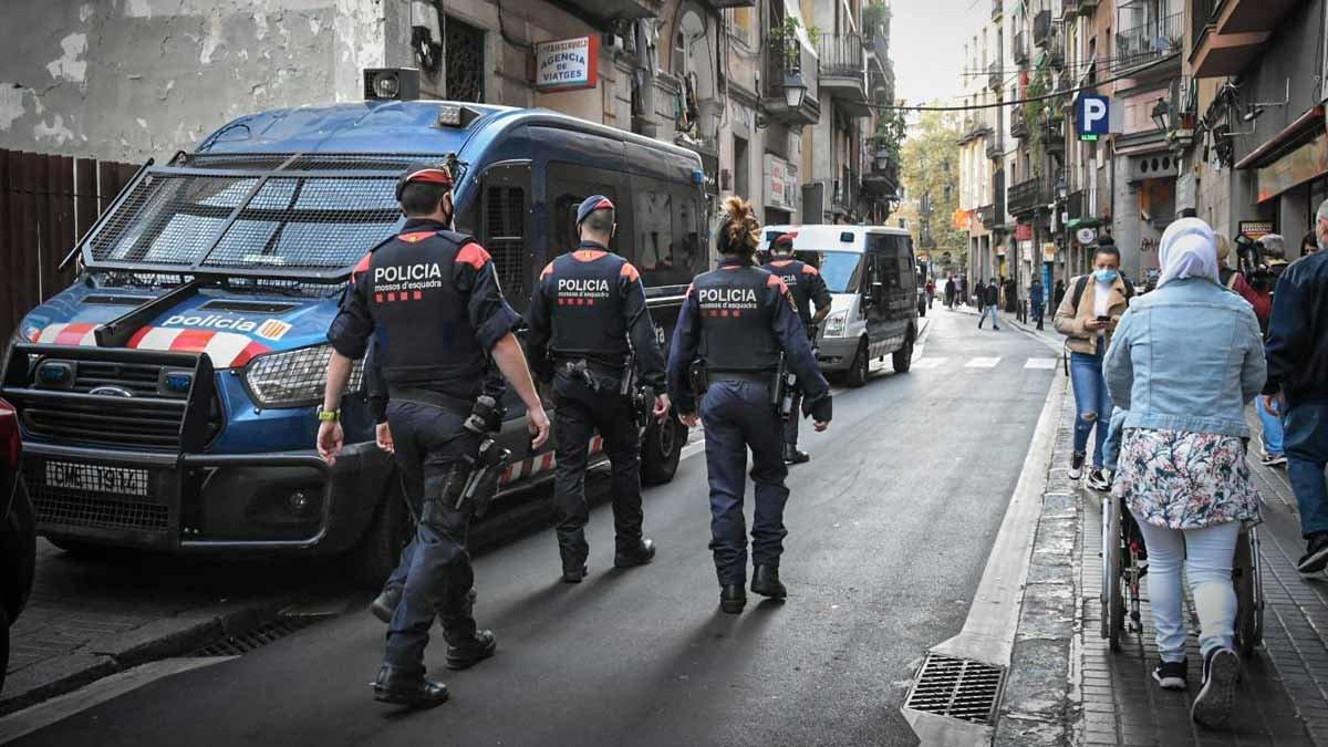 El cara o creu de l'operació antidroga al Raval de Barcelona
