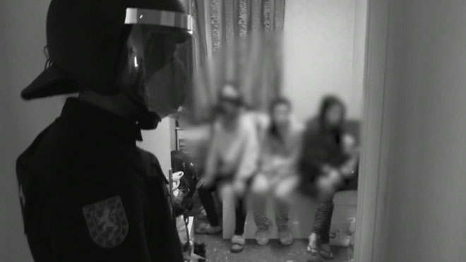 La Policía Nacional lanza un vídeo dirigido al consumidor de prostitución.