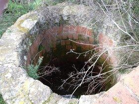 El pozo ilegal descubierto en Masarac.