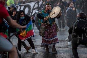 Los manifestantes lanzaron consignas contra el actual Gobierno.