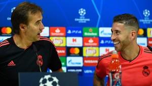 Lopetegui y Ramos, en la rueda de prensa de este martes en Madrid.