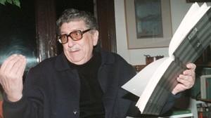 El crític Rafael Santos Torroella, en una foto de 1997