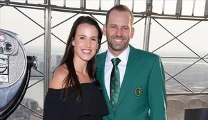 Sergio García y Angela Akins, su prometida.
