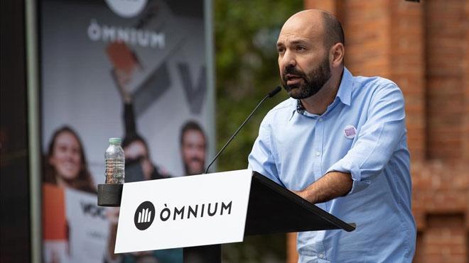 Òmnium conjura al sobiranisme per reclamar l'absolució