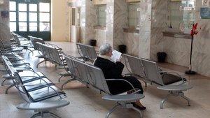 Sala de espera de un hospital de Milán, en Italia.