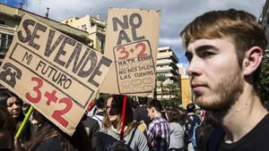 Huelga de estudiantes universitarios en València, en el 2015.
