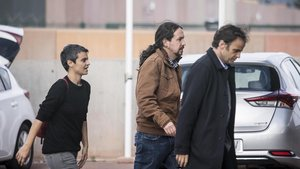 Pablo Iglesias parlarà per telèfon amb Puigdemont després de la seva reunió amb Junqueras