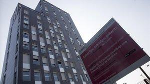 Espacio en el que el ayuntamiento proyecta pisos de protección oficial en l aMarina del Prat Vermell.