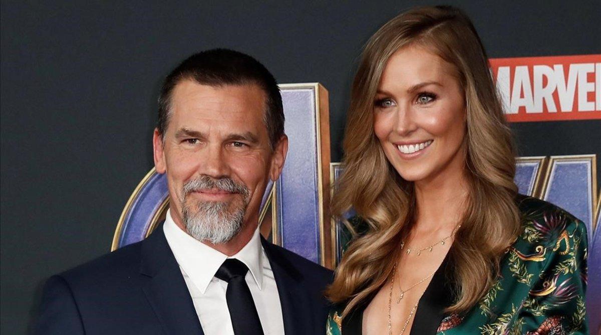 Josh Brolin y su esposa, la modeloKathryn Boyd.