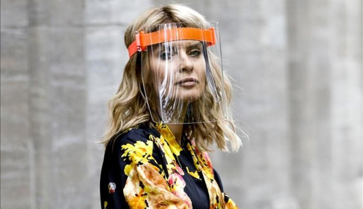 El virus reinicia la moda: adeu al frenesí de desfilades i consum