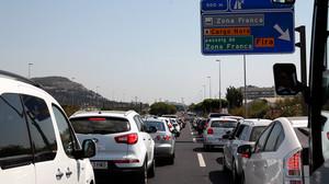 Retención en los accesos de entrada a Barcelona