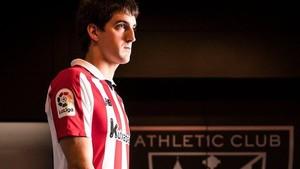 Mikel Arteta con la camieta del Bilbao