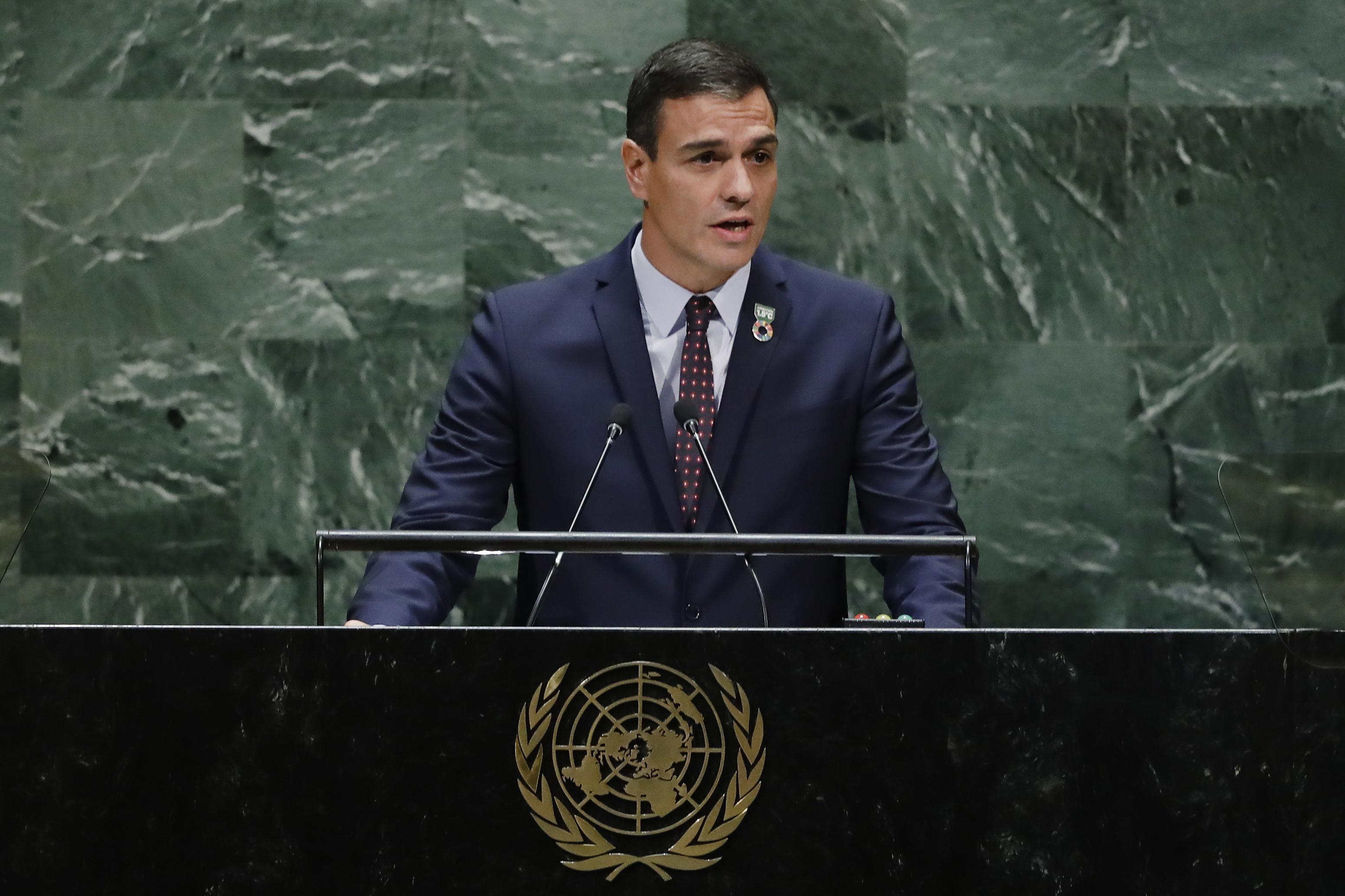 Sánchez celebra davant de l'ONU l'exhumació de Franco