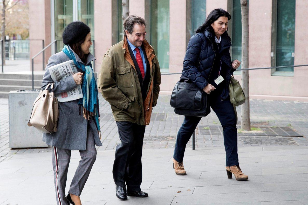 El magistrado Juan Antonio Ramírez , a su llegada al juzgado.