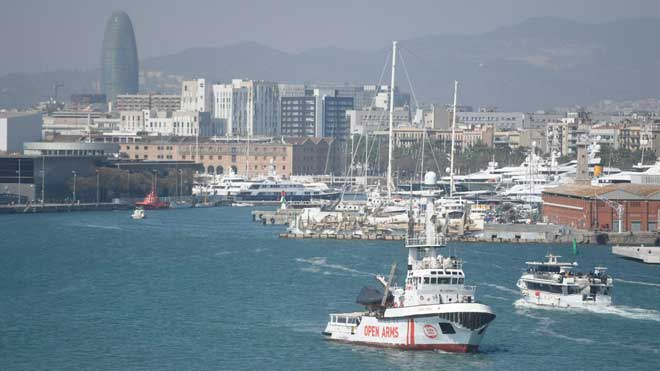 L''Open Arms' torna al mar 100 dies després