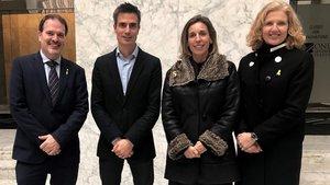 De izquierda a drecha, Joan Romero, consejero delegado de Acció; Marc bonavia, Àngels Chacón; y la directora general de Indústria, Matilde Vilarroya.