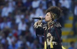 Alicia Keys en su actuación en la final de la Champions