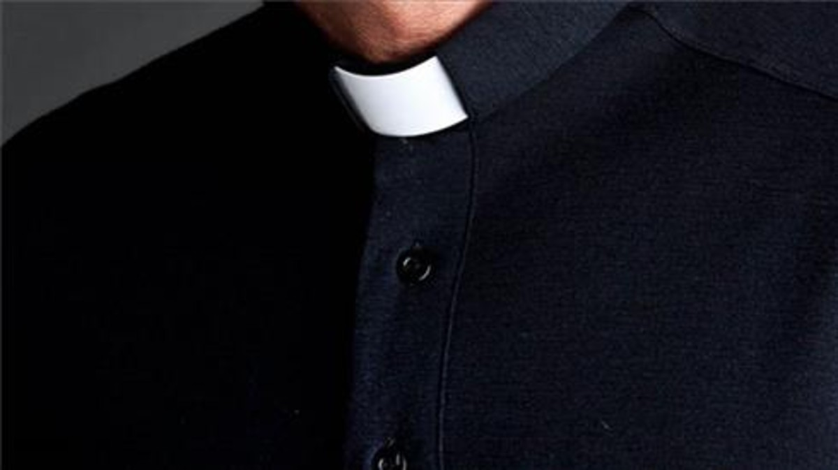 Condenaron por pornografía infantil a un exdiplomático del Vaticano