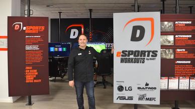 Abre un gimnasio que combina deporte tradicional y 'eSports'